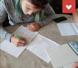 обучения воспитанниц СРЦ «Вера» Астраханской области профессии «мастера маникюра»