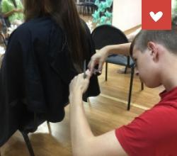Мечта - стать парикмахером