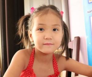 Поможем Диляне адаптироваться в детском доме